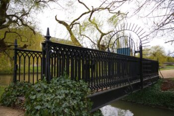 Bridge between John's and Trinity